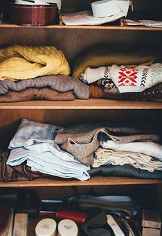 Calm Your OCD! 3 Tips for Organizing a Cluttered Wardrobe